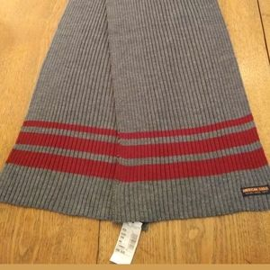 American Eagle Outfitters Gray with Red Stripes Sc